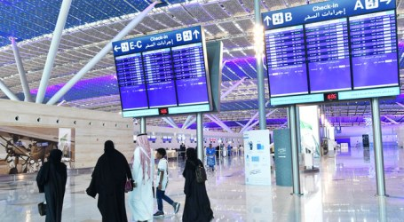 Saudi Arabia Suspends All International Passenger Flights for a Week