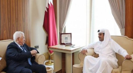 Abbas Visits Qatar to Discuss Palestinian Issue