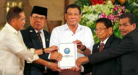 Duterte Promises Prosperity for Muslim Mindanao