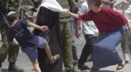 Israeli Settlers Continue to Attack and Storm Al-Aqsa