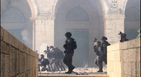 Israeli Forces Attack Again Worshipers at Masjid Al-Aqsa