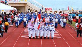 """台湾""""全国志工大会师"""",天国乐团引领志愿服务团队近二万人进场"""