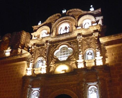 Iglesia Belen en Cajamarca por la noche