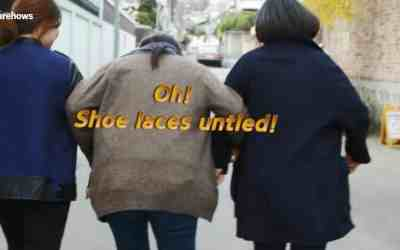 How To Tie Shoelaces While Walking With Friends