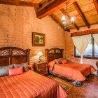 Luxurious Comfort, cabañas en Sierra Lago Resort