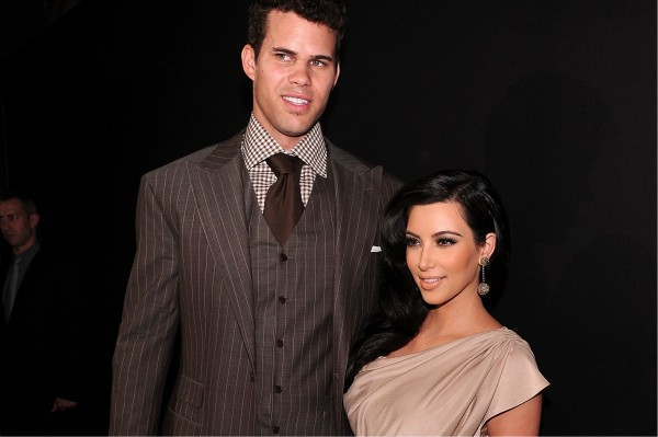 7 Ways To Bridge Height Difference Of Couple