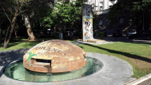"<h5>The Berlin Wall in Tirana, Albania</h5><p>Details, Copyright: <a href=""http://en.the-wall-net.org/?p=796"" >Tirana, AL</a> / more <a href=""http://en.the-wall-net.org/category/the-berlin-wall/eur/"" >sites in Europe</a></p>"