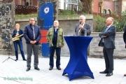 """<h5>Thanks Detlefs Notizblock</h5><p>from left: Ina Will, mayor Thomas Kufen, Pfarrer Rainer Eppelmann (Bundesstiftung zur Aufarbeitung der SED-Diktatur), Pfarrer Steffen Hunder, Thomas Rotter (Allbau GmbH) © <a href=""""http://detlefsnotizblog.blogspot.de/2017/09/ein-stuck-berliner-mauer-in-essen.html"""" target=""""_blank"""">Detlefs Notizblock</a></p>"""
