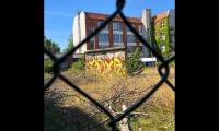"""<h5>Nordbahn-/Wilhelm-Kuhr-Straße</h5><p>Nordbahn-/Wilhelm-Kuhr-Straße <strong>Compass Werkstätten</strong> © <a href=""""https://www.instagram.com/p/BmYWmzDl8hj"""" target=""""_blank"""">chrisalbanhansen/Instagram</a><br>photo taken in 2018                                                                                                      </p>"""