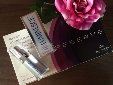 Jeunesse Anti Aging Serum Jeunesse Reserve Blogger Review 003