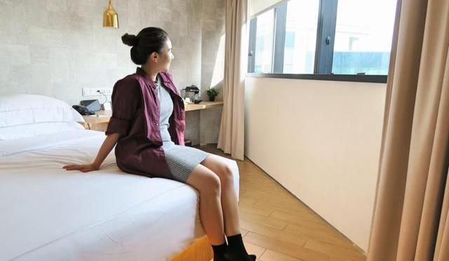 Stay Hip & Chic with BIG Hotel Singapore