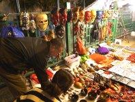 Bini was attracted to the Tibetian zen bowls.