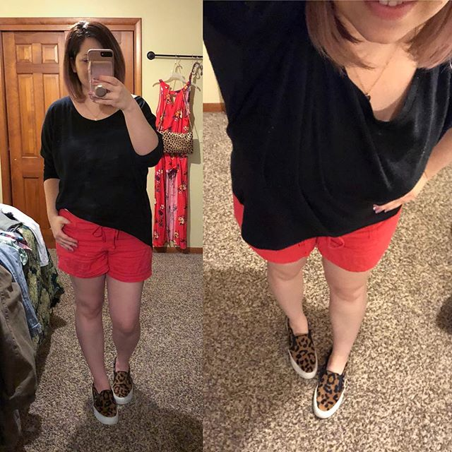 OUTFIT // Warm, Sunny Day Style! OOTD was shorts because it was over 70 today 👏👏👏. Cold again this weekend though…and this is why I have so many clothes, y'all