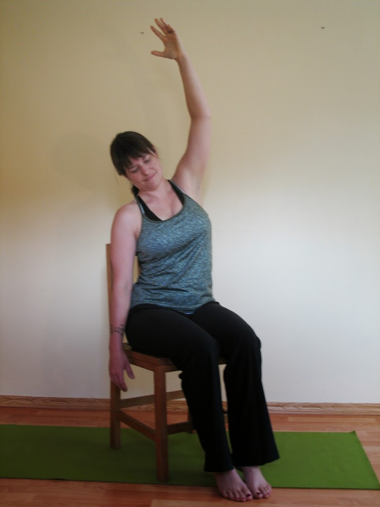 Chair Yoga: Side Stretch
