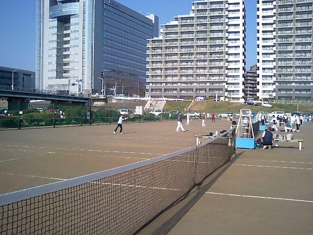 今日はテニス