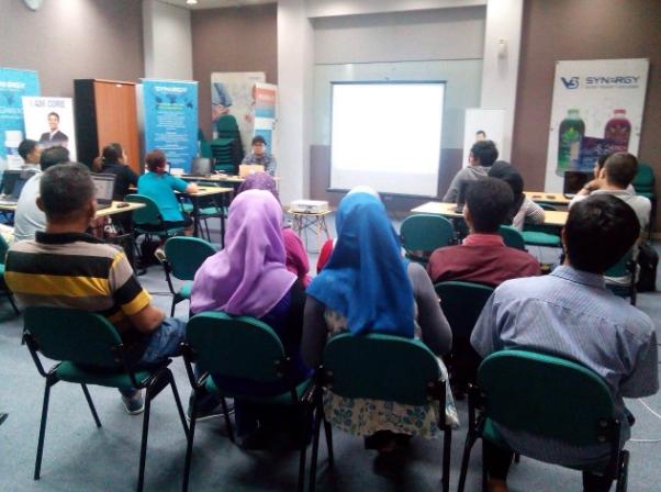 Belajar Bisnis Online Dari Rumah di Makassar