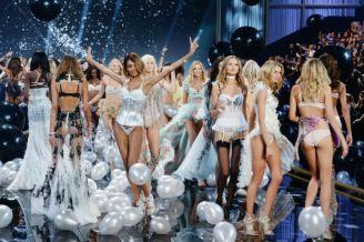 victorias-secret-fashion-show-nyc-2015-l