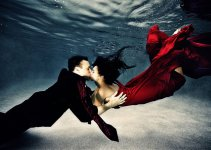 Collection of 20 Inspiring Underwater Wedding Photography 9