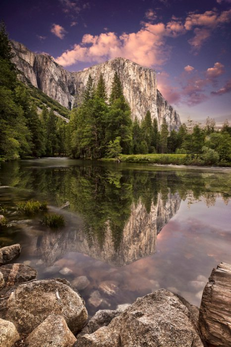 15 Breathtaking Photos of Lakes With Reflections