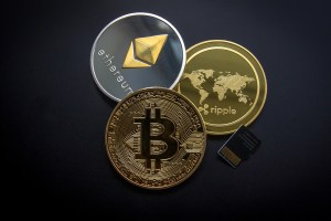 Choosing The Best Cryptocurrency To Invest In - 5 Important Tips 3