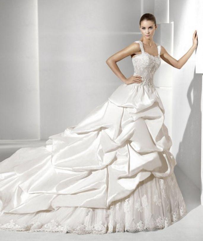 la-sposa-2012-ballgown-suecia-e1318354207302