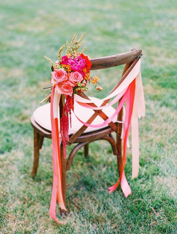 silla de madera para bodas