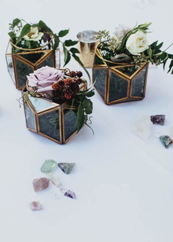 mini-terrariums-azul-Tiffany-y-dorado