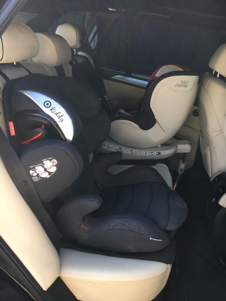 C'est un siège auto Guardianfix3 kiddy je partage mon test mon avis de parents