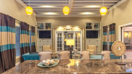 Clubhouse with breakfast bar seating