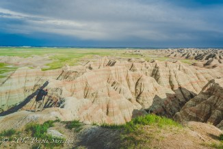 A photographer captures the mountains of the Badlands in pictures