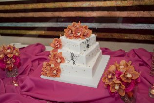 Enchanted Florist Las Vegas Rose and Orchid Cake