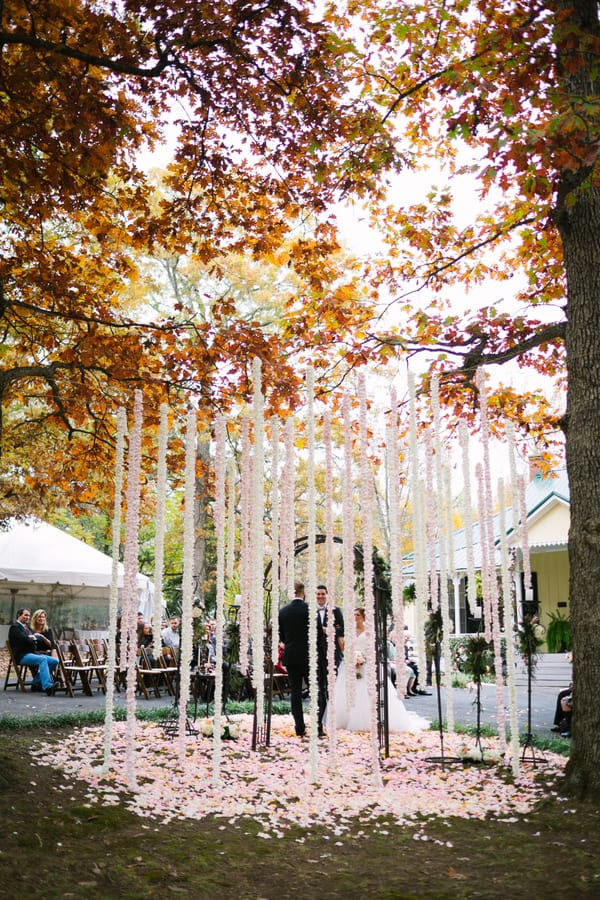 Enchanted florist lush outdoor autumn wedding at private lush outdoor autumn wedding at private nashville home junglespirit Image collections