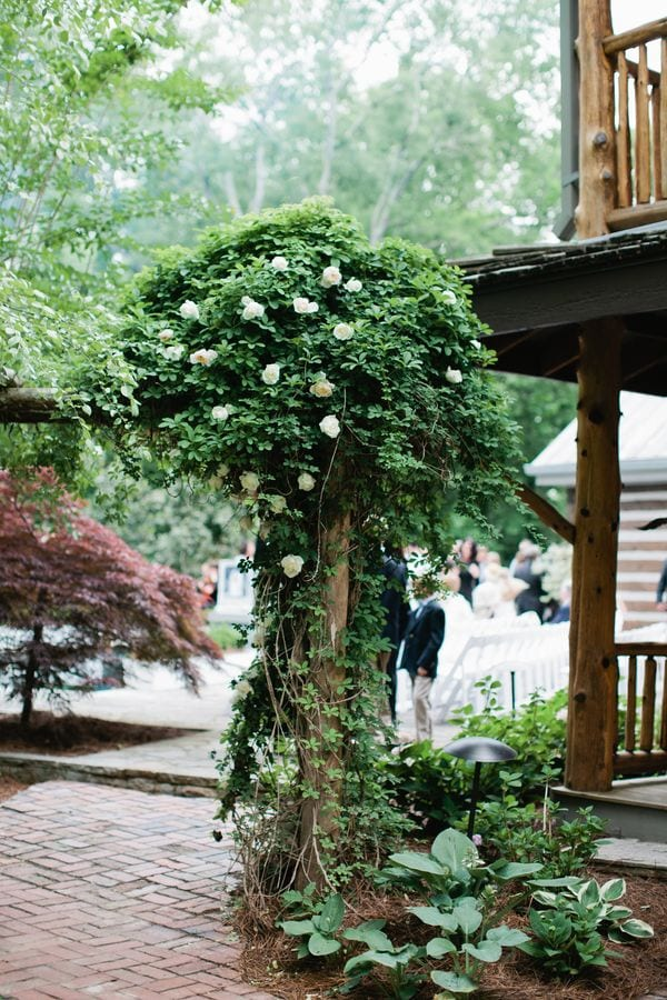 enchanted-florist-rustic-outdoor-wedding-fete-nashville-kristyn-hogan-8