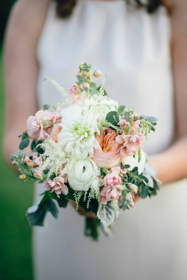 shawn-johnson-wedding-florals-enchanted-florist-tn-outdoor-elegant-flowers-22