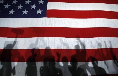 flag-shadows_1016692b