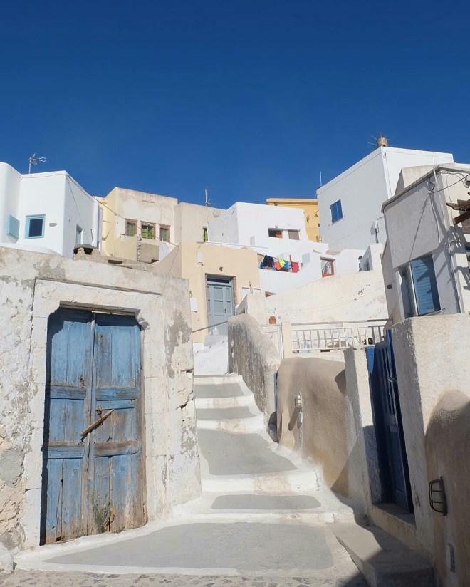 Direk Jadaone Shows 'Bonggang' JaDine Teleserye Setting in Greece