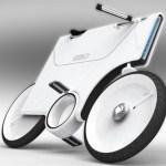 la bicicleta electrica ebiq aparcada sobre el pedal