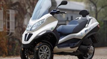 Piaggio MP3 Hybrid, scooter híbrido subvencionado por el plan Movele