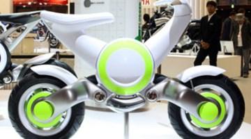 Presentación Yamaha CE-F, prototipo de moto eléctrica, salón de Tokio