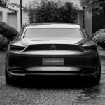 imagen trsera en tono de grises del Citroën Metropolis