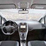 interior del Toyota Auris Híbrido