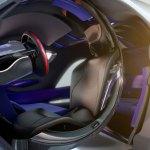 imagen donde apreciamos la cabina circular que envuelve al conductor de la Citroën Tubik.