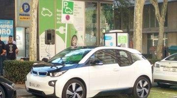 La Generalitat completa la primera fase de la red catalana de puntos de carga rápida para vehículos eléctricos