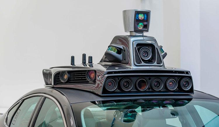 Imagen del techo de uno de los coches con los que Uber prueba su sistema de alquiler de coches autónomos, lleno de cámaras y sensores.