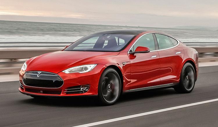 Tesla líder ventas berlinas lujo Estados Unidos