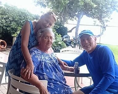 MARIBEL SUAREZ, NILDA Y MARIO DONATE