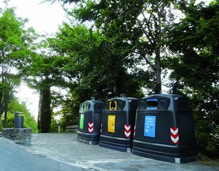 A cidadanía de Monforte contribúe de xeito efectivo á redución da cantidade de residuos sólidos urbanos cunha mellor reciclaxe. Arquivo EC.