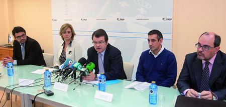 O director xeral de Enerxía e Minas, Ángel Bernardo Tahoces, presentou a campaña de seguridade nas instalacións de gas domésticas acompañado dos responsables de Gas Galicia, Repsol, Sedigas e Fegafón. CEI.