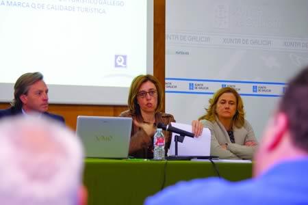 A delegada territorial da Xunta en Lugo, Raquel Arias, explicou as actuacións que en materia de turismo desenvolveu o Executivo autonómico nesta zona. GPDTL