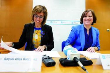 A delegada territorial da Xunta en Lugo, Raquel Arias, e a secretaria xeral de Igualdade, Susana López Abella, presentaron o programa das axudas aos concellos lucenses. GPDTL.